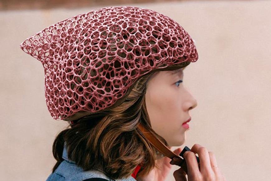 3D-printed Voronoi bike helmet 1