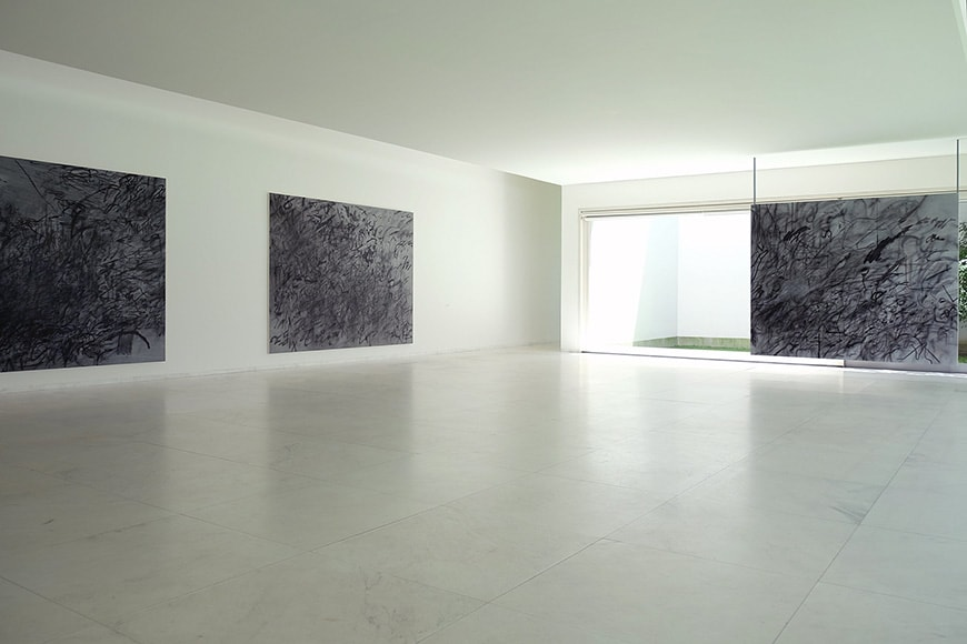 Museu de Arte Contemporânea de Serralves, Porto, Alvaro Siza Vieira, marble room